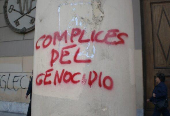 Grafitti on the Buenos Aires Metropolitan Cathedral
