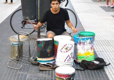 Plastic drumming in Florida, Buenos Aires