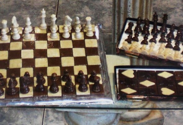 Edible chess in Argentina