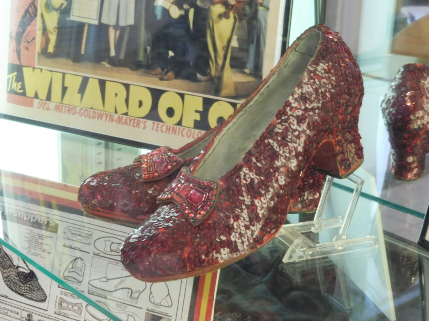 USA Hollywood Museum - ruby slippers