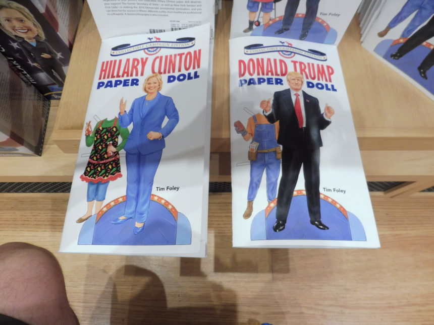 USA DC National Portrait Gallery gift shop - H Clinton and D Trump doll books